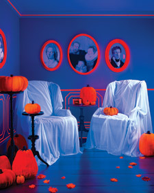 Martha Stewart Living October 2008 halloween decoration